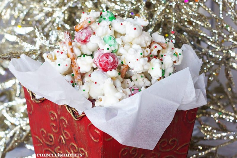 Christmas-Popcorn Throwback Thursday Link Party| https://dadwhats4dinner.com/