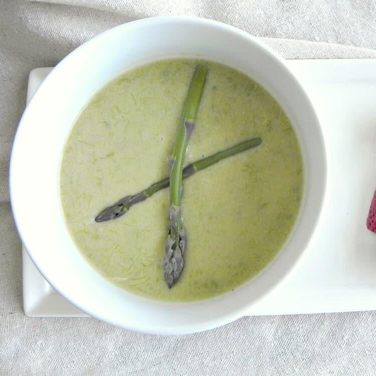 Cream-of-Asparagus-Soup-1-1