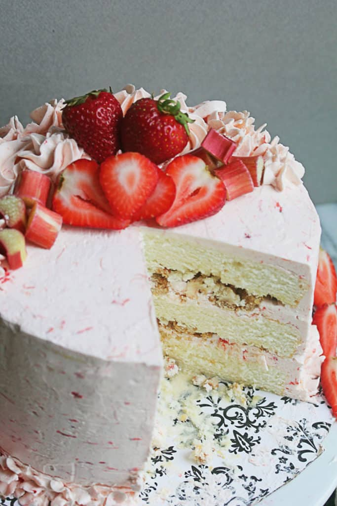 Riesling-Rhubarb-Crisp-Cake-2-6-683x1024
