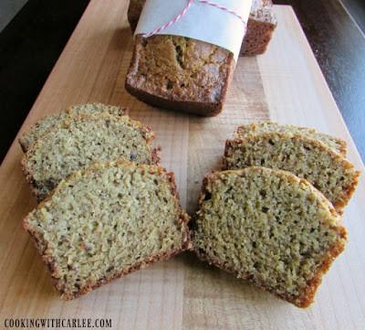 whole-wheat-banana-bread-slices