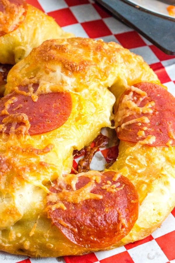 Pepperoni Pizza Pretzels