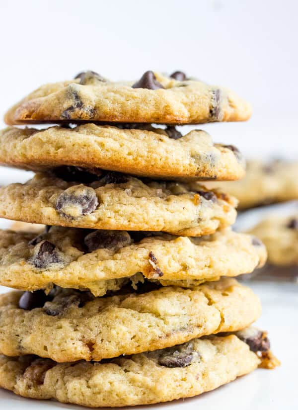 Salted Caramel Banana Chocolate Chip Cookies