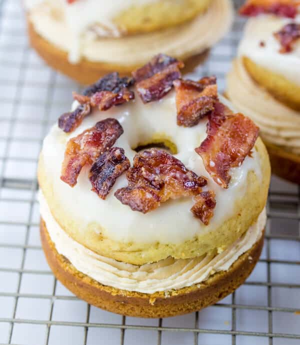 Elvis Donut Sandwiches A Crazy Fun Spin On Elvis S Favorite Treat