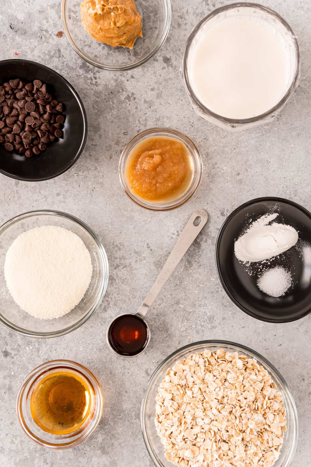 Ingredients needed to make Baked Oats