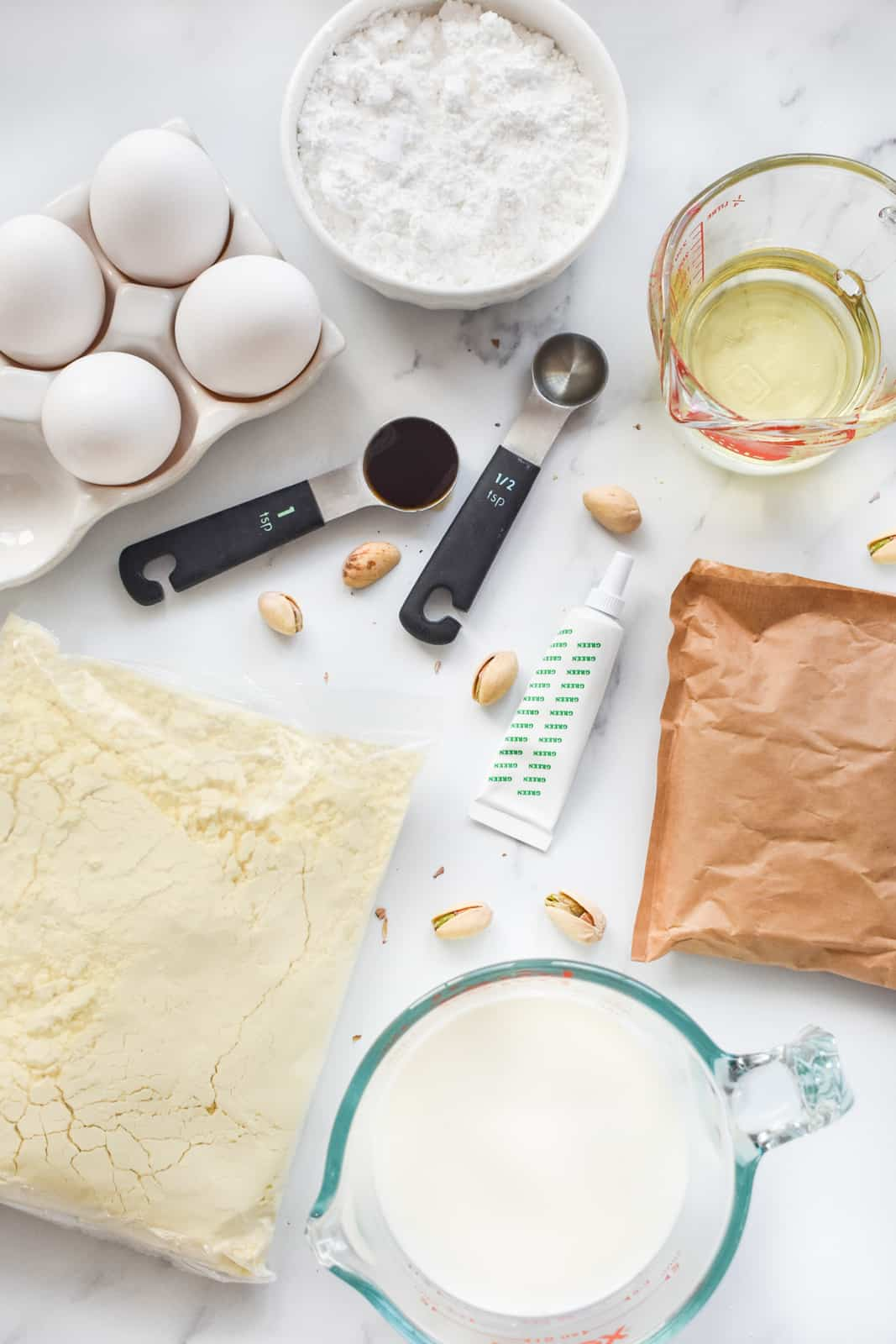 Ingredients needed to make a Pistachio Cake