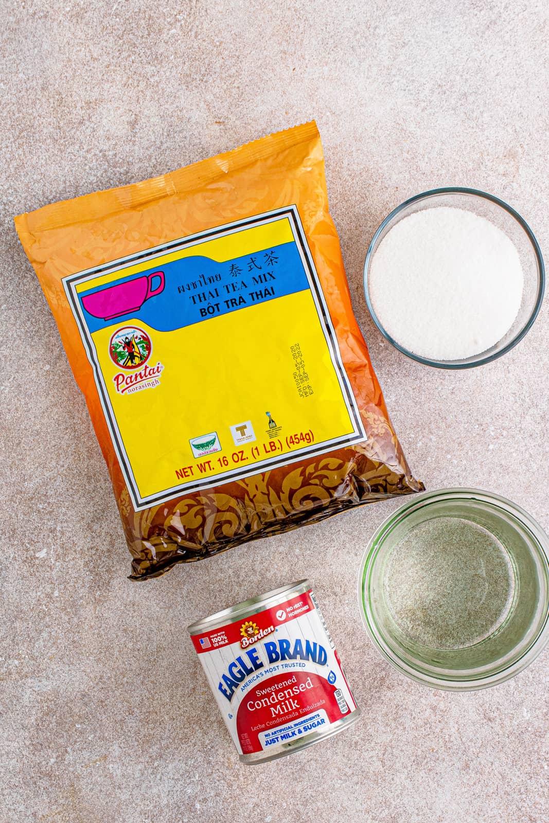 Ingredients needed to make Thai Iced Tea