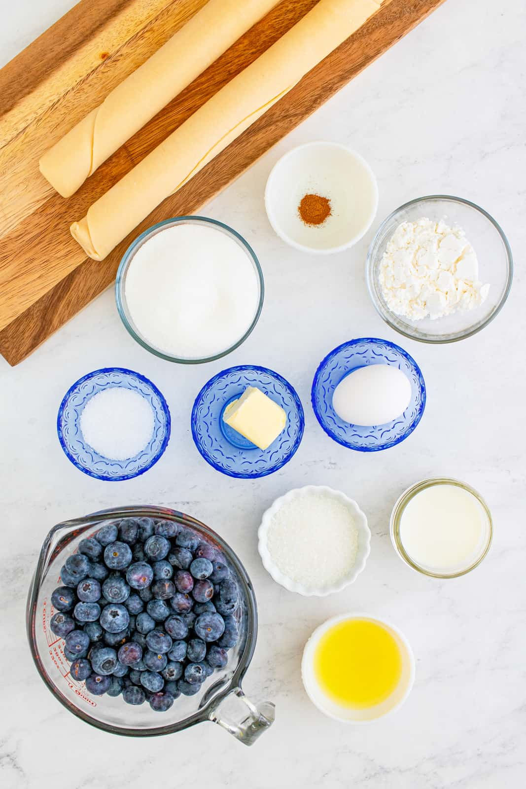 Ingredients needed to make a Blueberry Pie